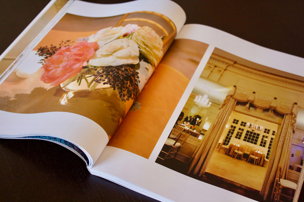 An open magazine-style Couture Book Revista